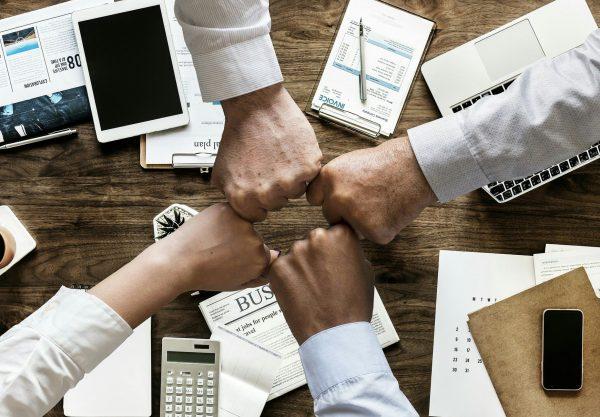 Collaboration entre les équipes